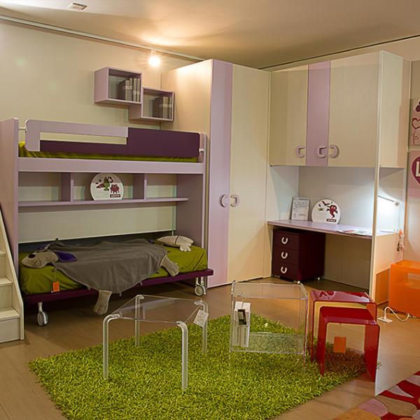 Cameretta c letto a castello e angolo armadio marcoaldi for Nardi arredamenti