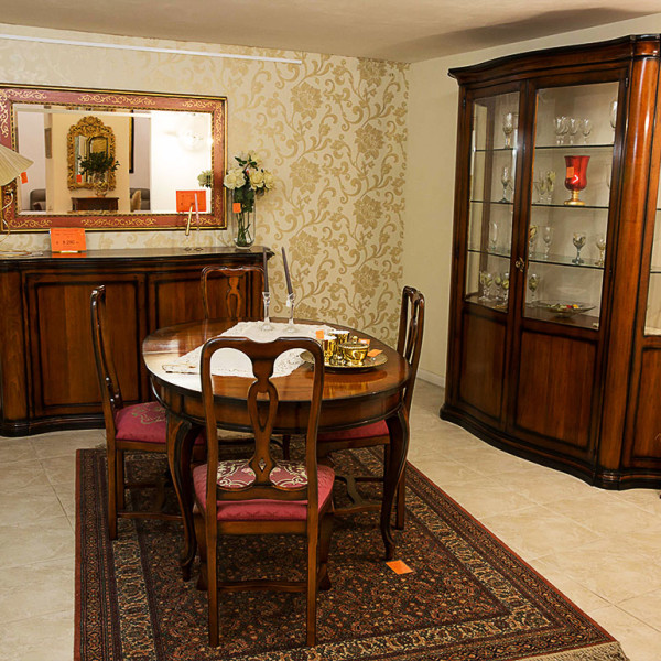 Sala da pranzo classica marcoaldi arredamenti - Vetrine moderne per sala da pranzo ...
